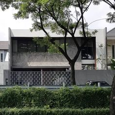 Regrann from @agungsoejanto . VC House . #house #design #modern #architecture #architecturedose #indonesianarchitecture #indonesiaarchitecture #nbapku #agungsoejantoarchitects #regrann #arquitectura #arquitetura #designs #nongkrongbarengarsitek