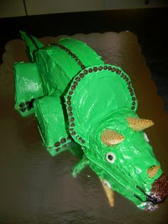 My son's obsession as he turns three is dinosaurs! So, what better cake than a triceratops for our three year old's birthday cake!       W...