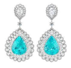Boucles d'oreilles Red Carpet de Chopard en or blanc, serti de diamants et deux tourmalines Paraïba taille poire