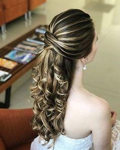 Curly Wedding Hair, Elegant Wedding Hair, Wedding Hairstyles For Long Hair, Bridal Hair, Glamorous Wedding, Classy Hairstyles, Bride Hairstyles, Pretty Hairstyles, Bridesmaid Hairstyles