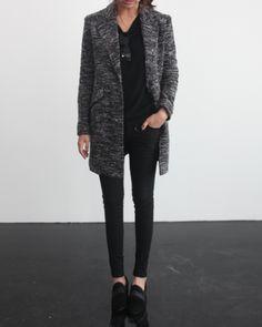 Un Paso Más Fall Winter Inspiration #fashion #style #StreetStyle #Trends #FlatShoes #Black