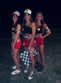 best DIY Halloween group costumes you should know .- Beste DIY Halloween Gruppenkostüme, die Sie kennen sollten – New Ideas – New Ideas # Group costumes - Costumes For Teenage Girl, Halloween Costumes For Teens Girls, Cute Group Halloween Costumes, Couples Halloween, Family Costumes, Women Halloween, Girl Group Costumes, Formula 1 Halloween Costume, Costumes For 3 People