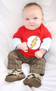 Big Bang Theory Baby Sheldon Costume, Flash Baby Shirt, Flash Toddler T-shirt, Sheldon Cooper Baby Costume Shirt, Geeky baby shirt Baby Boy, Baby Kids, Carnaval Costume, Cute Kids, Cute Babies, Baby Costumes, Toddler Costumes, Costume Shirts, Halloween Kostüm