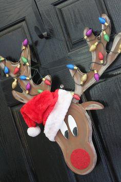 Reindeer Christmas door hanger LIGHTS UP by Cutipiethis on Etsy
