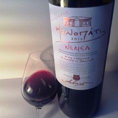 Κόκκινο κρασί από την ποικιλία Αγιωργίτικο καλλιεργημένη και οινοποιημένη στη Νεμέα από την οινοποιία Αϊβαλή. ΒΑΘΜΟΣ: 87 / 100