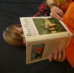 T. liest Geschichten von Henriette und Onkel Titus, zweite Auflage des Kinderbuchverlags 1982 (c) Daktylos Media
