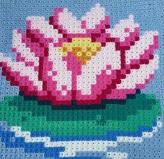 My world of crochet: Die ersten Pixel sind fertig! ~ free pattern ᛡ