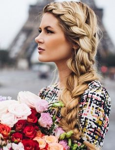 Gorgeous+Hair+Ideas+for+Holiday+Party+Season+via+@PureWow