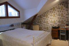kadunpuoleinen makuuhuone