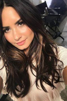 Hailey Baldwin Nina Dobrev Short Hair Trend | The Zoe Report