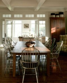 Andrew Maier Interior Design Portfolio The chairs add an interesting touch. Primitive Dining Rooms, Country Dining Rooms, Dining Room Design, Interior Design Kitchen, Interior Decorating, Portfolio Design, Country Decor, Decoration, Table