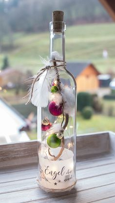 fabric crafts for home Upcycling Flasche quot; - - fabric crafts for home Upcycling Flasche quot; selber ma… fabric crafts fabric crafts for home Upcycling Flasche quot; Old Christmas Songs, Christmas Place Cards, Christmas Hacks, Diy And Crafts, Christmas Crafts, Christmas Decorations, Christmas Wreaths, Frosted Mason Jars, Hanging Mason Jars