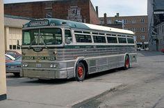 Canada Coach 2121 Canuck 600