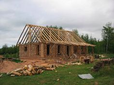 http://home-n-stead.com/blogs/homenstead_files/category-house-construction-.html  Cordwood construction
