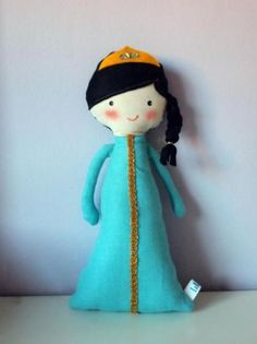 muñeca de trapo: princesa turquesa morena  tela algodón y/o lino,fieltro 50% de lana,guata cosido,pintado a mano