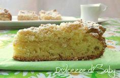 La sbriciolata al burro é un ottima torta ideale per la colazione, molto morbida perche´ha una base lievitata tipo panbriosche, inoltre é una torta molto v