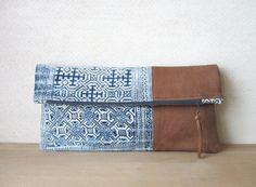 Doble embrague bolsa Batik Vintage y por ImprintsandIndigo en Etsy