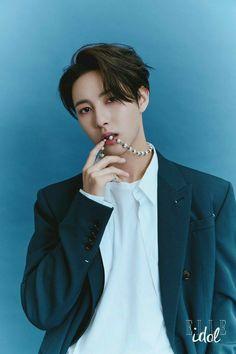 Huang Renjun, Elle Magazine, Digital Magazine, Winwin, Taeyong, Boyfriend Material, Pop Group, Nct Dream, Nct 127
