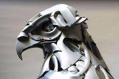 Les créatures Hubcap en pièces de voitures