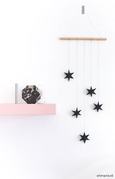 DIY Paper Stars Wall Hanging Tutorial