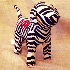 New no tags Victoria's Secret pink collector dog zebra print very cute