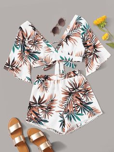 To find out about the Tropical Kimono Crop Top & Shorts at SHEIN, part of our latest Two-piece Outfits ready to shop online today! Teenage Outfits, Cute Girl Outfits, Cute Summer Outfits, Cute Casual Outfits, Pretty Outfits, Girls Fashion Clothes, Teen Fashion Outfits, Girl Fashion, Moda Fashion