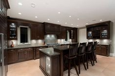 Kitchen Interior Design with Classic Type Bungalows # #vdonxtasia #DavidGuetta