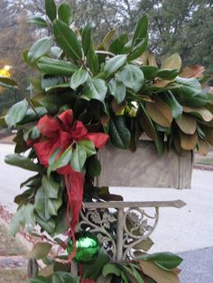 Flair For Home: OH! How I Love Fresh Magnolia Leaves at Christmas!