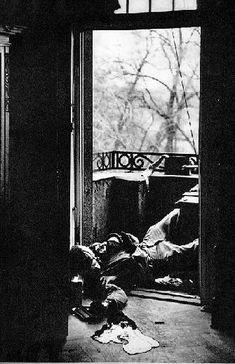 Robert Capa, Mort d'un soldat, Leipzig, 18 avril 1945. © Cornell Capa Klein.