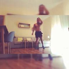 Porque como no todo es entrenar... Hoy recupero un vídeo bien bailongo!  There's more than just training... So let's dance! . #RAW #RAWbody #palma #palmademallorca #mallorcafit #mallorca #baleares #instamallorca #mallorcagram #mallorca2017 #mallorcalife #entrenadorpersonal #enjoy #disfruta #mallorcafit #fitness #music #musica #happiness #motivacion #feliz #justdoit #baile #bailando #dancing #verano #justdance #dance #fit @gentedepalma @mallorcafit