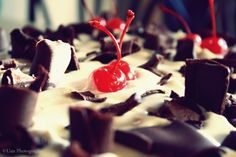 Torta Foresta Nera LEGGI LA RICETTA ► http://www.dolciricette.org/2011/05/torta-foresta-nera-ricetta-originale.html