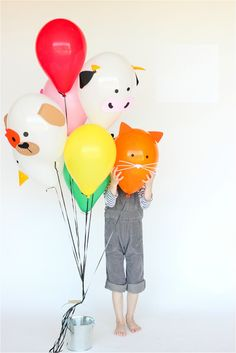 7 DIY Balloon Ideas to Make for Your Kids Party https://petitandsmall.com/7-diy-balloon-ideas-make-kids-party/