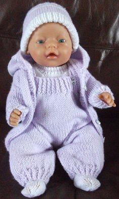 3263 tuniekje, legging, T-shirt, hoofdbandje € De kleur valt iets don & Knitting Dolls Clothes, Crochet Doll Clothes, Knitted Dolls, Doll Clothes Patterns, Baby Cardigan Knitting Pattern, Baby Knitting Patterns, Baby Patterns, Baby Born Clothes, Girl Doll Clothes