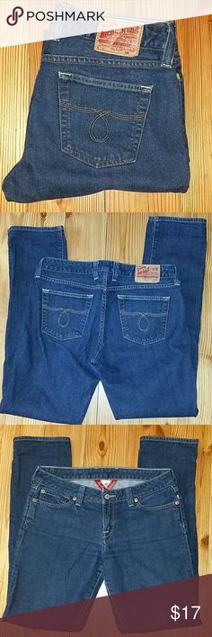 Women's Lucky Brand Sz. 10: 30x32, Lola Straight Like New Condition: Near Mint. Sz. 10, 30x32, straight leg regular: *Lola*. Made in Mexico, Rise is 8 inch, medium mid rise. Dark Wash, 99% Cotton, 1% Spandex.  Some allowance for stretch because of spandex. Any questions please ask. Lucky Brand Jeans Straight Leg
