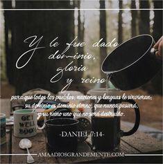 """DIOS CON NOSOTROS - Semana 3 / Jueves Lectura - Daniel 7:13-14 Devocional - Daniel 7:14 """"Y le fue dado dominio, gloria y reino, para que todos los pueblos, naciones y lenguas le sirvieran;su dominio es dominio eterno, que nunca pasará, y su reino uno que no será destruido."""" #Diosconnosotros #Navidad #Jesus #AmaaDiosGrandemente #ComunidadADG #LGG #LGGenespañol #Biblia #Dios #Devocionalparamujeres"""