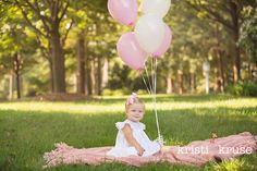 baby girl's first birthday photo shoot ideas