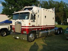 large sleeper diesel cars. KW K100 Aerodyne Cabover /144'' Large Sleeper. The best.