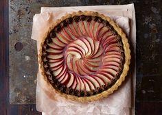 Æbletærte med marcipan og nougat