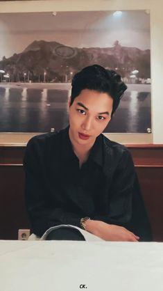 "jenny on Twitter: ""200216 zkdlin live insta [edit] (3)  #엑소카이 #카이 #KAI #JONGIN @weareoneEXO… "" Exo Kai, Chanyeol, Kyungsoo, Exo Lockscreen, Insta Live, Kim Jongin, Kpop Exo, Drama Korea"
