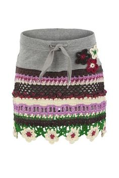 This is a great idea for reusing the waistband to make other skirts while saving time!