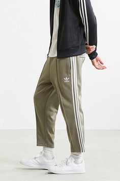 best service ba807 1f0eb adidas Superstar Relaxed Cropped Track Pant
