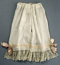 Drawers, materials not listed (possibly cotton or silk trimmed with lace and satin ribbon), 1894, American or European.