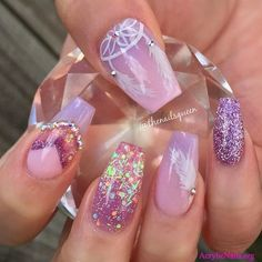 Looking for amazing nail art design ideas? If so, acrylic, gel or shellac nails could be your target. Check out the samples here!