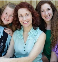 Meet the mom behind EasyLunchboxes in this interview.