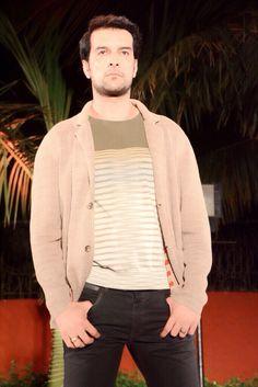 #robertocavalli# fashion show Roberto Cavalli, Fashion Show, Mens Tops, T Shirt, Supreme T Shirt, Tee Shirt, Tee
