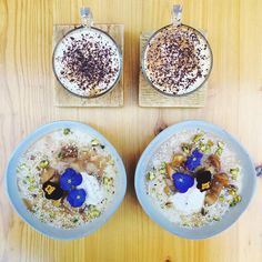 Our favourite @symmetrybreakfast stopped by to join us and @the_tribe_way for brunch this weekend and tucked in to our new autumnal Barley Porridge with Salted Caramel Pear, Cinnamon Yogurt and Pistachios Sesame Sprinkle