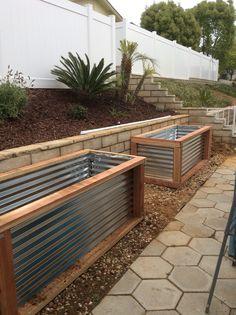 backyard designs – Gardening Ideas, Tips & Techniques Metal Raised Garden Beds, Raised Garden Bed Plans, Building A Raised Garden, Raised Beds, Garden Yard Ideas, Garden Boxes, Lawn And Garden, Backyard Farming, Backyard Patio
