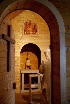 Sisters of Bethlehem  Prayer, sacred silence, a path to God in Jesus Christ.