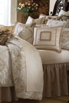 distinctive bedding design michael amini