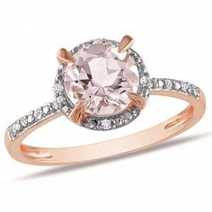 Don't just paint the town red! Light it up in pink with this dazzling 1 carat morganite ring. A sensational round cut morganite is encircled by crisp white diamonds in a setting of smoldering pink gold. Pink Gold Rings, Pink Diamond Ring, Pink Ring, Rose Gold Jewelry, Halo Diamond Engagement Ring, Pink Diamonds, Solitaire Rings, Royal Jewelry, Round Diamonds